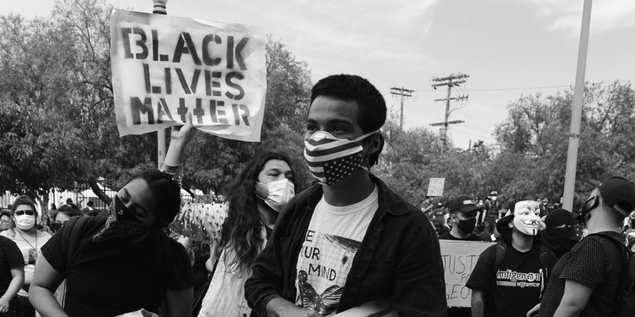 una foto di Mike Von via Unsplash sulle proteste di Black Lives Matter